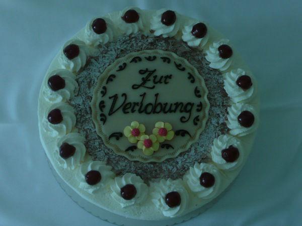 Beispiel: Verlobungstorte, Foto: Café am Augustinum.