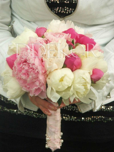 Beispiel: Brautsträuße, Foto: DDEKOR.