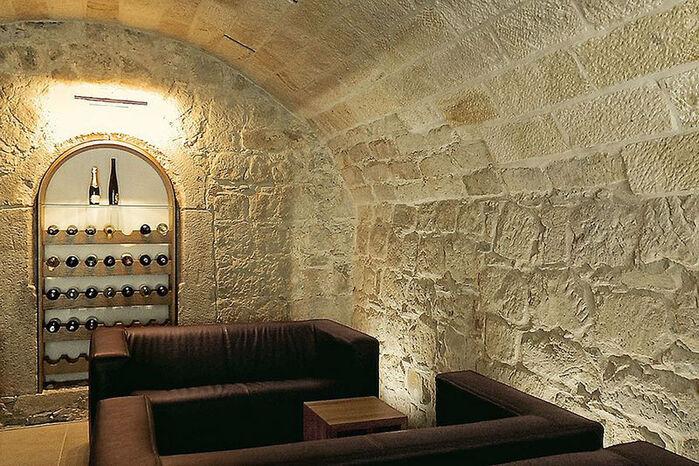 Beispiel: Weinkeller, Foto: Restaurant Heinricus.
