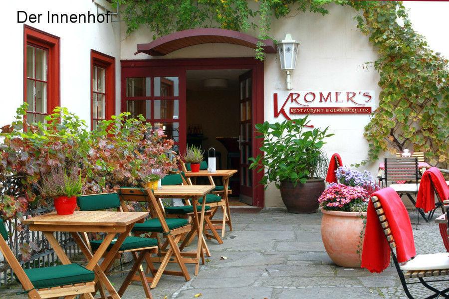 Beispiel: Außenbereich - Innenhof, Foto: Kromer´s Restaurant & Gewölbekeller.