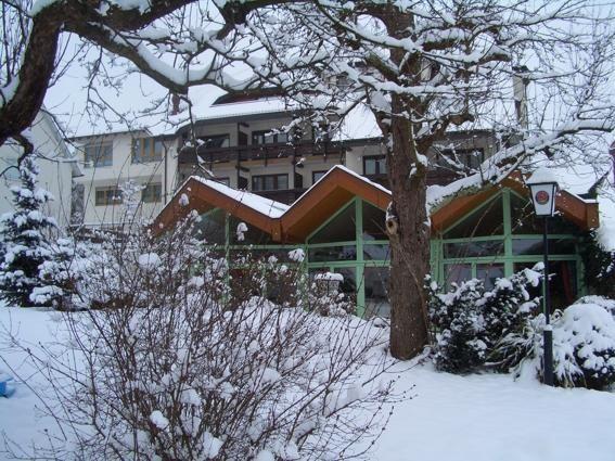 Beispiel: Hotel im Winter, Foto: AKZENT Hotel Lamm.