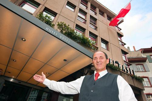 Beispiel: Willkommen, Foto: Hotel Basel.
