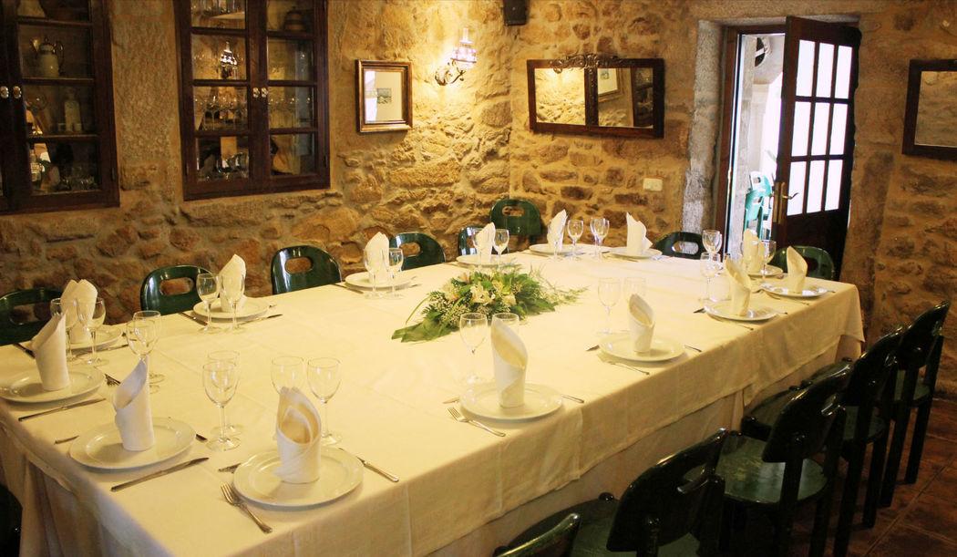 Salón Bastavales con Capacidad para 16 personas.