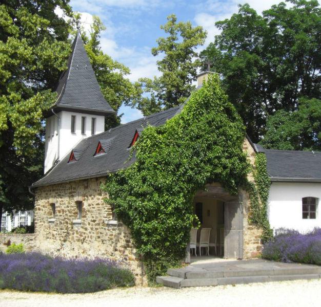 Beispiel: Außenanischt, Foto: Klostergut Besselich.