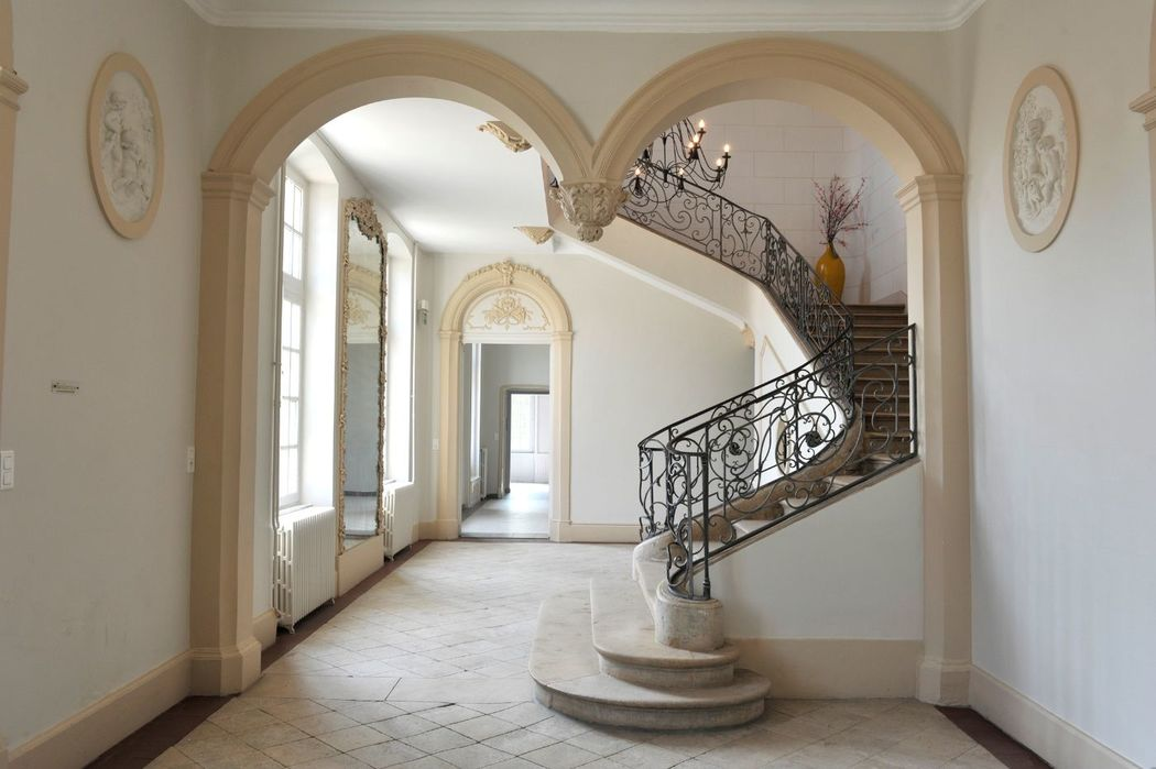 Hall Jean Lamour - escaliers