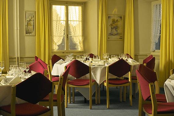 Beispiel: Hochzeitsgedecke, Foto: Landgasthof Adler Grüningen.