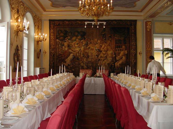 Beispiel: Hochzeitstafel, Foto: Schloss St. Veit.