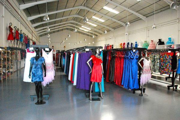 Casa de vestidos complementos visitar tiendas for Complementos casa