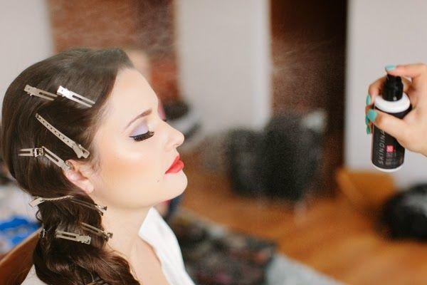 Gorgeous vintage look bride