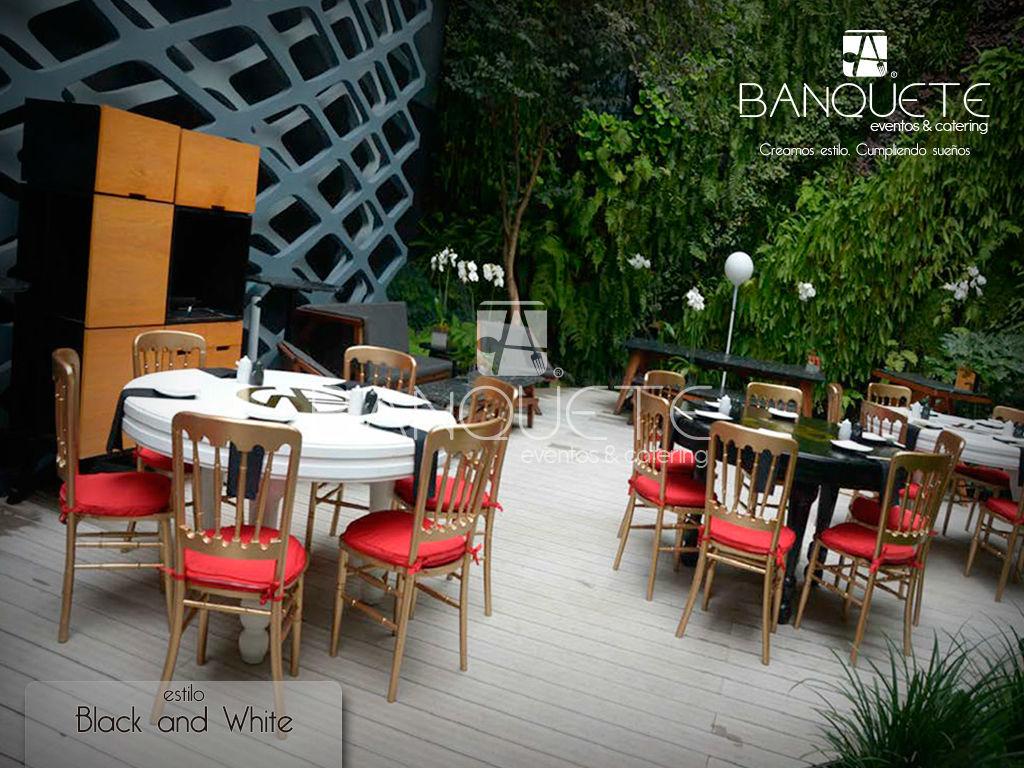 Black and White con mesa redonda #banqueteeventos