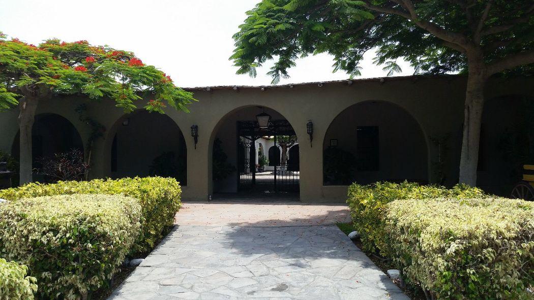 Entrada Principal - Cabaña