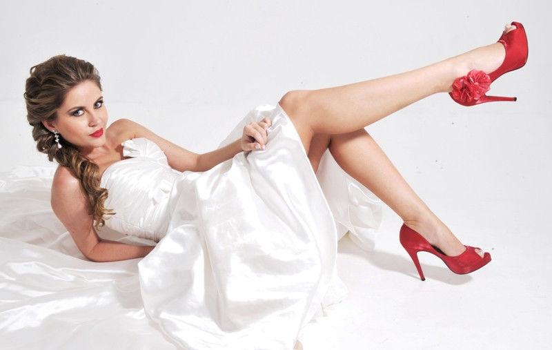 Sapatos de noiva vermelho