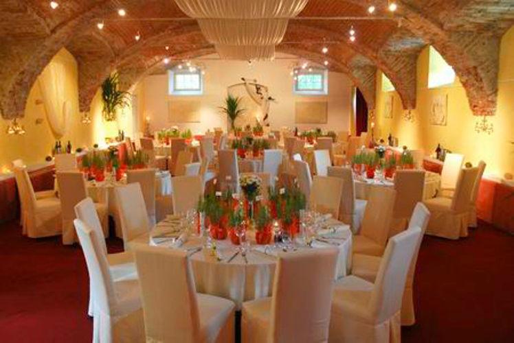Beispiel: Hochzeitsgedeck, Foto: Schloss Gamlitz.