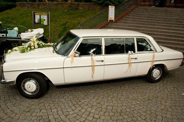 Beispiel: Ein Oldtimer zur Hochzeit, Foto: Oldtimer Paradies.