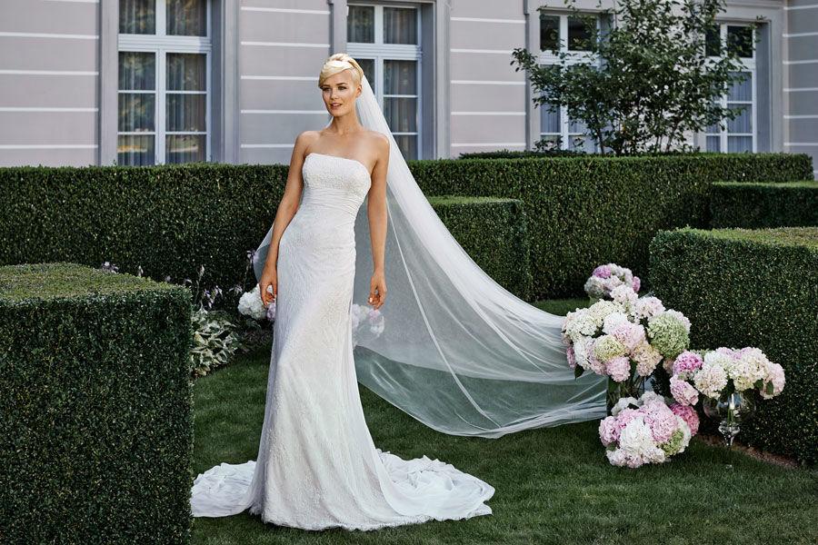 Beispiel: Kleider mit Maßanfertigung, Foto: Mery's Couture Bern.