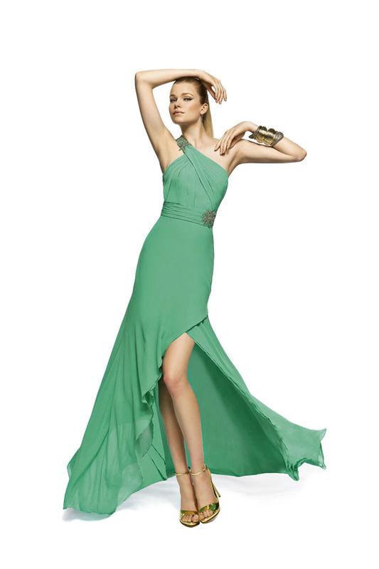 Beispiel: Mode die zu Ihnen passt, Foto: Brautparadies Thun Festmode.