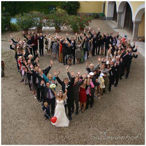 Beispiel: Hochzeitsgesellschaft, Foto: Sallmannhof.