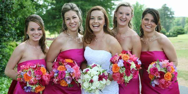 Beispiel: Alles was das Brautherz begehrt, Foto: Brautschmuck.org.