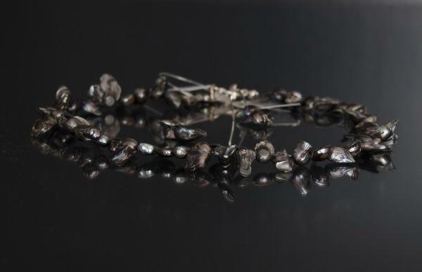Beispiel: Brautschmuck, Foto: Bea's Brautmode Accessoires.