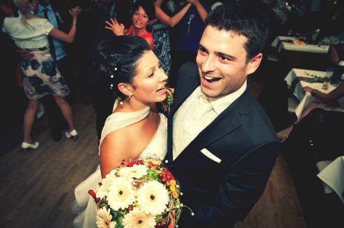 Beispiel: Hochzeitstanz, Foto: Hochzeitsfotografie Neuhofer.