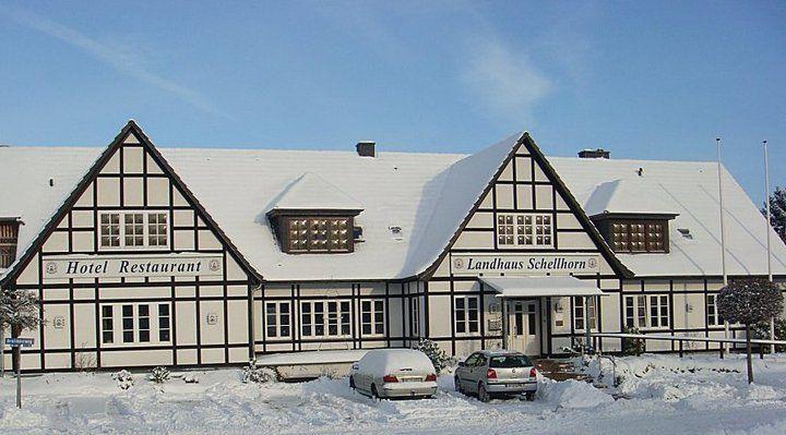 Beispiel: Hotel im Winter, Foto: AKZENT Landhaus Schellhorn.