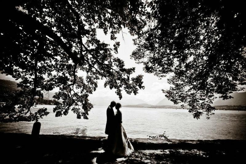 Beispiel: Eindrucksvolle Hochzeitsfotos in Schwarz-Weiß, Foto: Ralf Dombrowski Wedding Photographer.