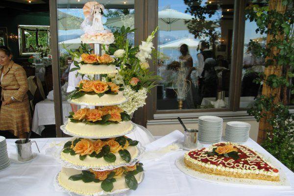 Beispiel: Hochzeitstorte, Foto: Malerwinkel.