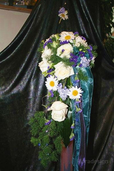 Beispiel: Wunderschöne Brautsträuße, Foto: Floradesign.