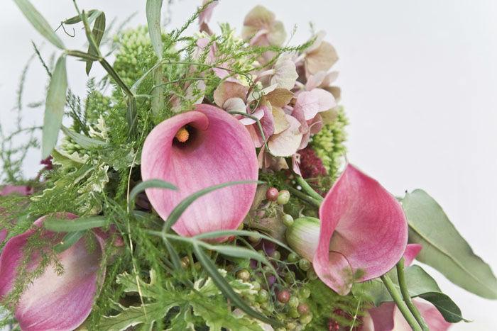 Beispiel: Wunderschöne Brautsträuße, Foto: Blumen Maarsen.
