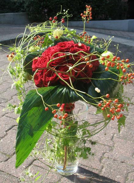 Beispiel: Individuelle Blumensträuße für die Braut, Foto: Frankfurter Blumenbote.