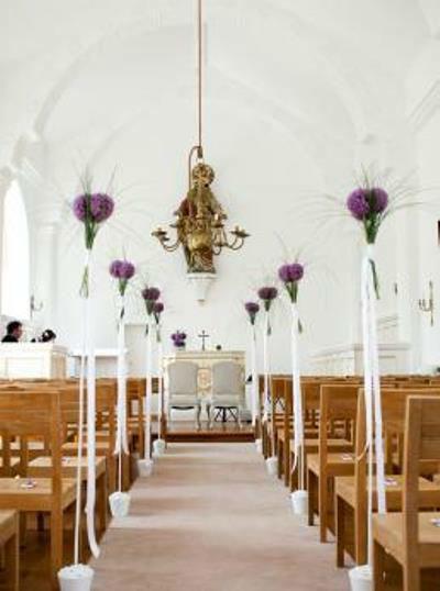 Beispiel: Kirchendekoration, Foto: Florica.
