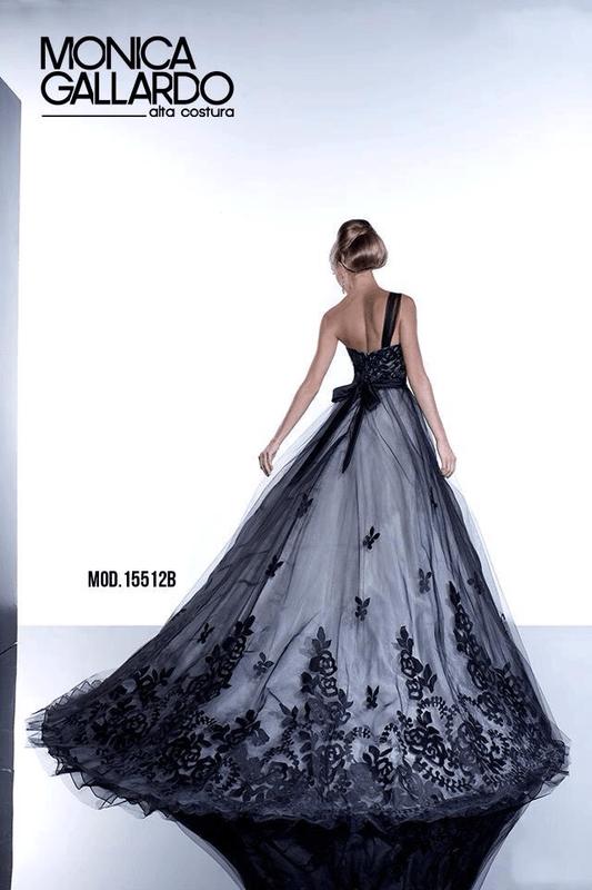 Vestido para novia - Foto Mónica Gallardo Citas 12 47 47 02