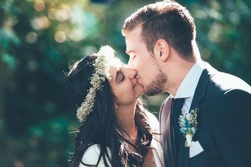 Beispiel: Romantische Hochzeitsfotografie, Foto: Kreativ Wedding.