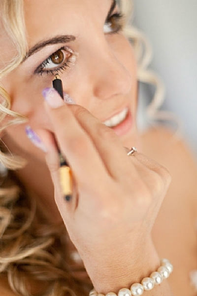 Braut Make-up by SUSANNE KAMMER. Typgerecht - professionell aufgetragen - fixiert. Foto: Thomas Hinder.