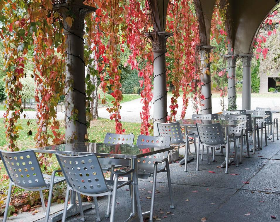 Beispiel: Terrasse, Foto: Schloss Münchenwiler.