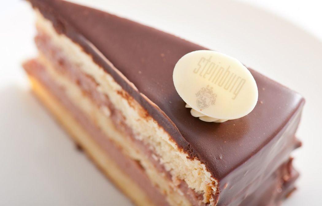 Beispiel: Kulinarisches, Foto: Schlosshotel Steinburg.