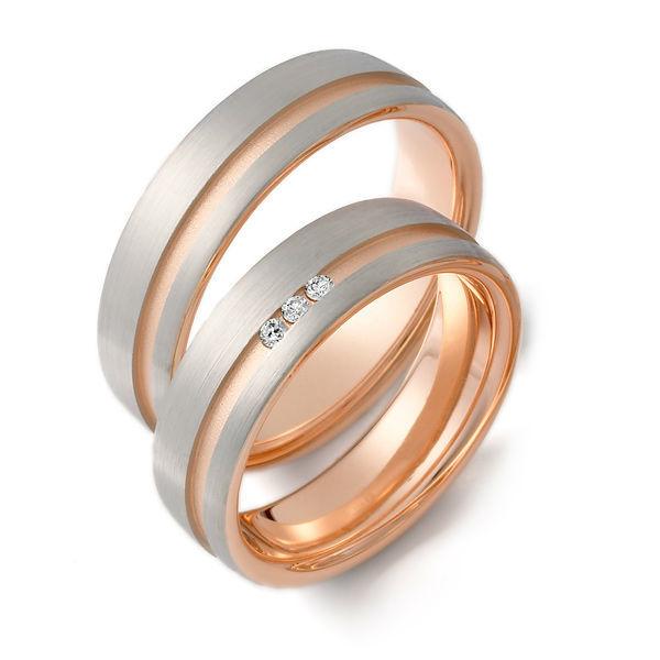 Beispiel: Zweifarbige Ringe, Foto: Gebrüder Weidner.