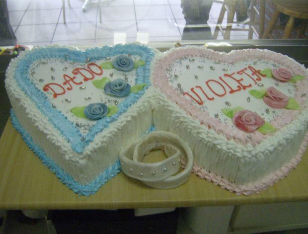 Beispiel: Ihr Name auf der Hochzeitstorte, Foto: Süsse Überraschungen.
