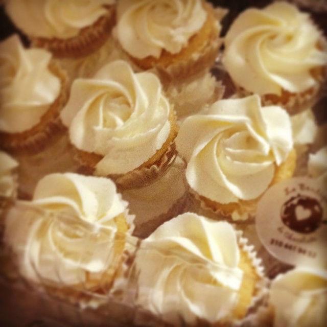 Cupcakes- Rosas blancas