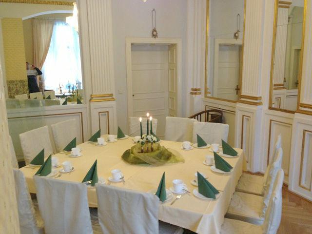 Beispiel: Grüner Salon - Bankett, Foto: Villa am Fennpfuhl.
