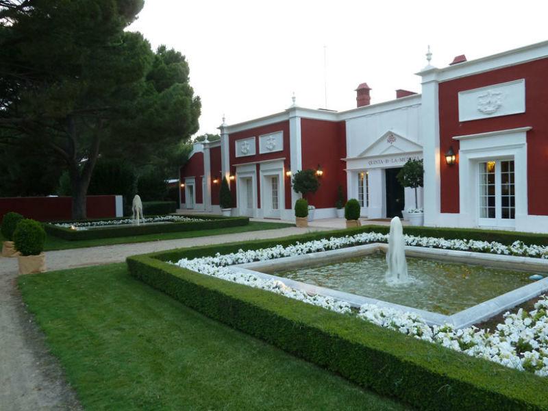 Fachada principal de la Quinta la Muñoza