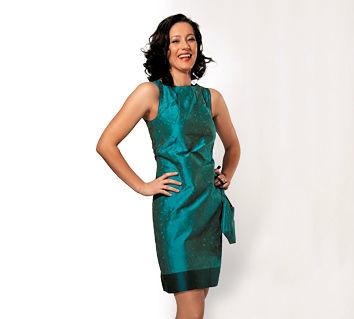 Beispiel: Kleid Maja blau, Foto: JAAP Abendmode.