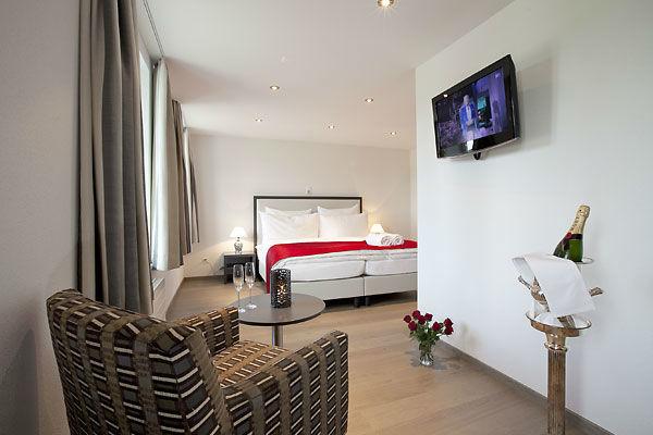 Beispiel: Zimmer, Foto: Landgasthof Wartegg.