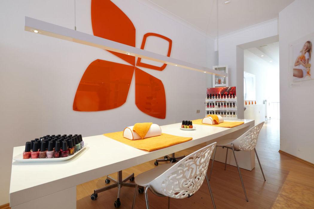 Beispiel: Professionelle Maniküre, Foto: Senzera - professional waxing.