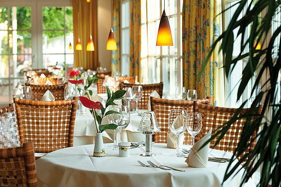 Beispiel: Restaurant Veranda, Foto: Travel Charme Strandhotel Zinnowitz.