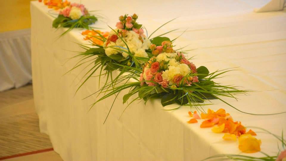Beispiel: Tischdekoration, Foto: Le langage des fleurs.