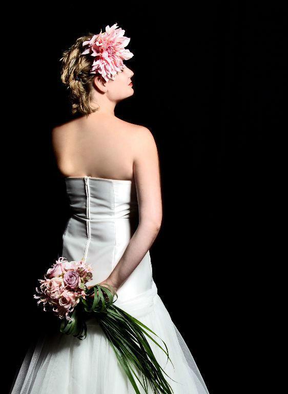 Beispiel: Das perfekte Outfit mit Blumen, Foto: Florastyle.