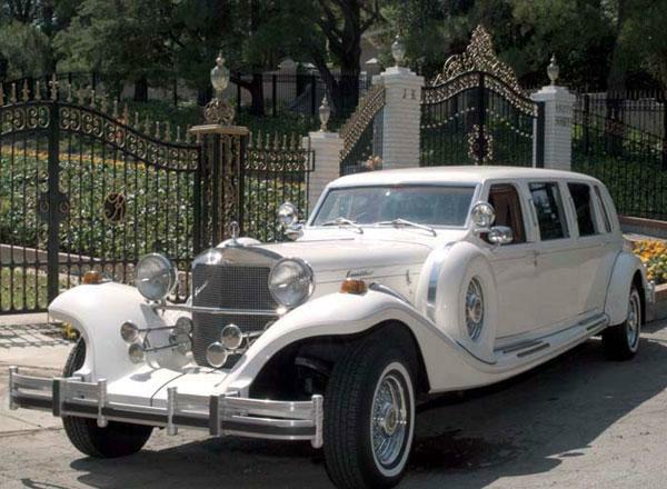 Beispiel: Classic Excalibur Limousine, Foto: Badenlimo.de.