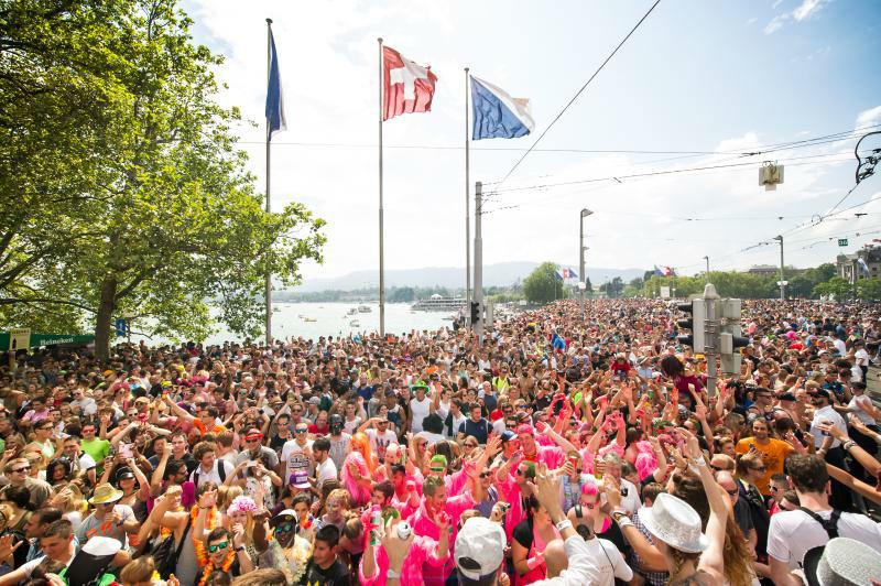 Emoovio : Zurich - Profitez de la Street Parade lors de votre enterrement de vie de célibataire