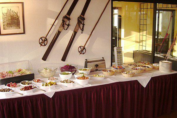Beispiel: Buffet, Foto: AKZENT Hotel Assambador.